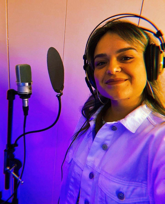 Mary Barros apresenta primeiro projeto da sua carreira musical