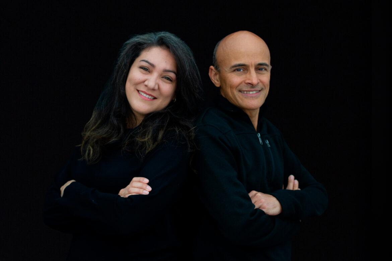 Casados e ministrando desde 94, Lúcio e Dina assinam com a Nova Fase Distribuição