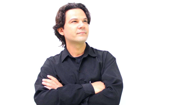 Com testemunhos de milagres, Dinho Souza inicia uma nova fase em seu ministério